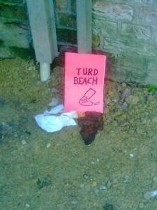 TURD BEACH VONDELBUNKER